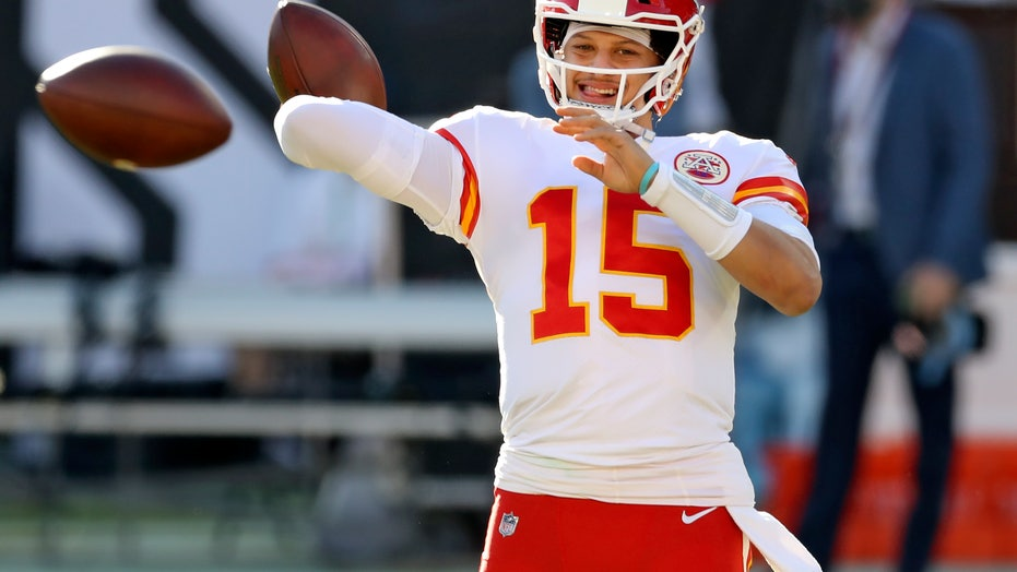 Chiefs keep things fun with Mahomes' playground plays