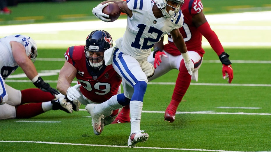 Rivers, defense help Colts to 26-20 win over Houston Texans