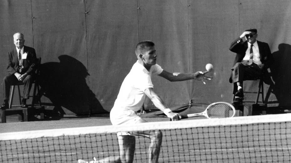 Dennis Ralston, Hall of Fame tennis player, dies at 78