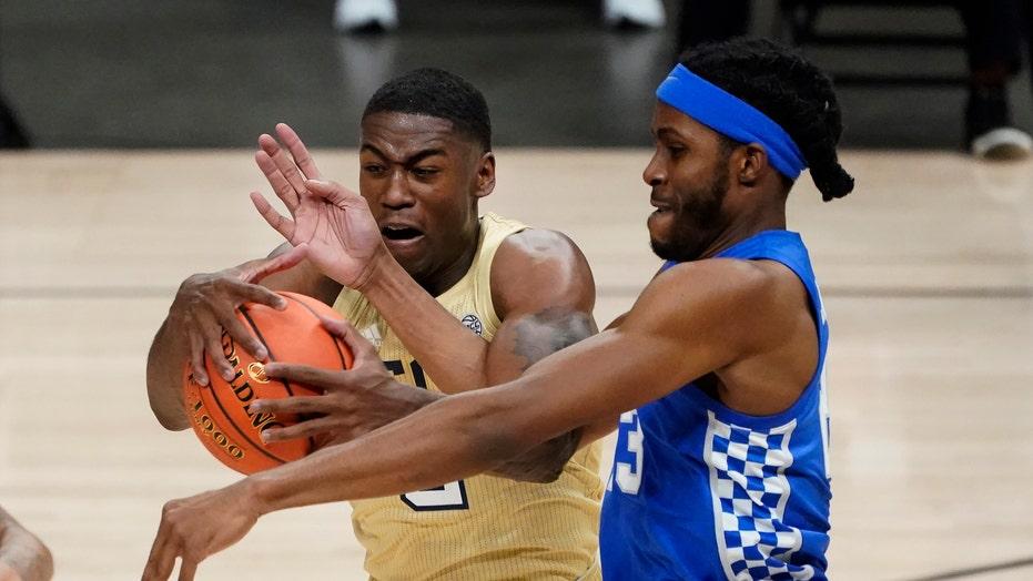 Wright powers Georgia Tech past slumping No. 20 Kentucky