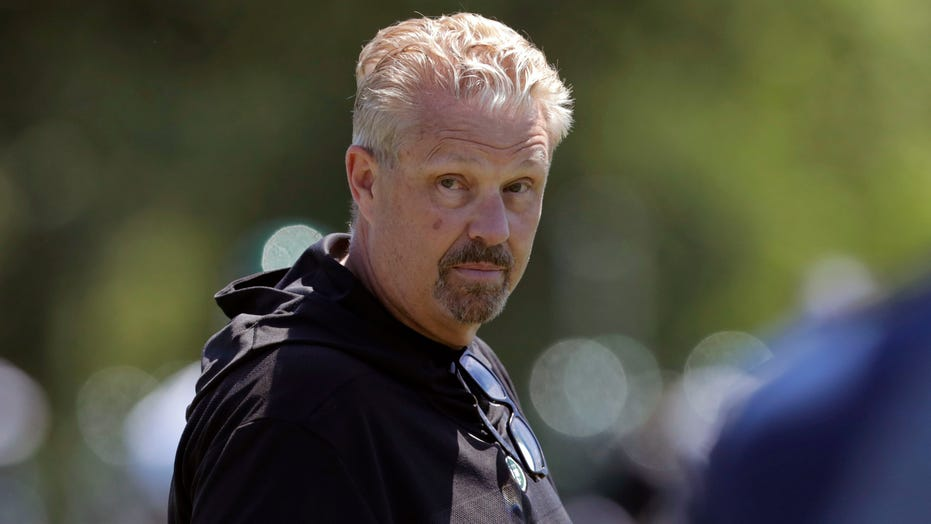 Jets fire defensive coordinator Gregg Williams after poor call in Raiders loss