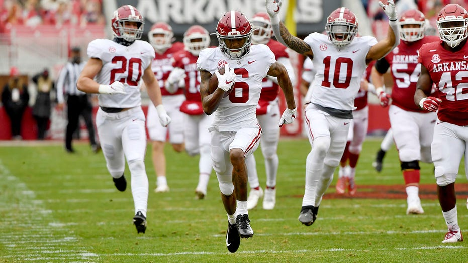 Alabama, Notre Dame, Clemson, Ohio State are top four teams heading into championship weekend