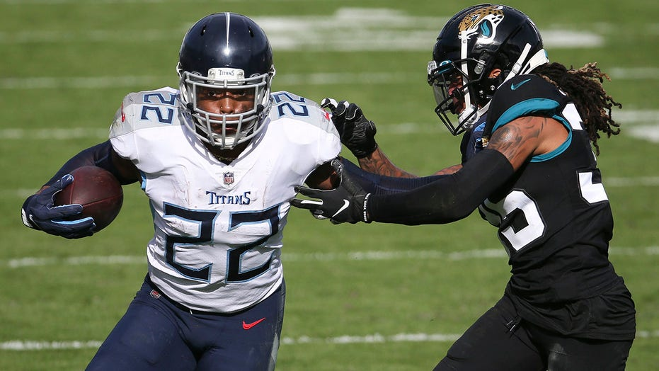 Henry runs wild, Titans hand Jags 12th straight loss, 31-10