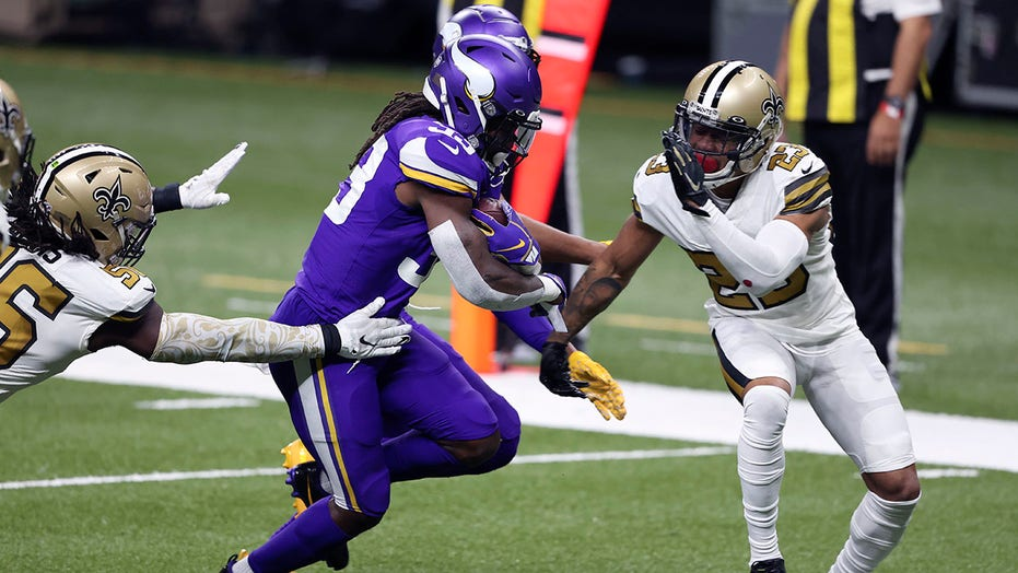 Star Vikings RB Dalvin Cook absent after father's death
