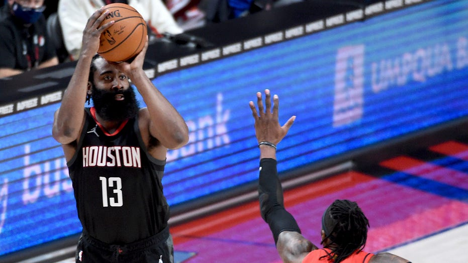 NBA fines 76ers' Daryl Morey $  50,000 for tweet about Harden