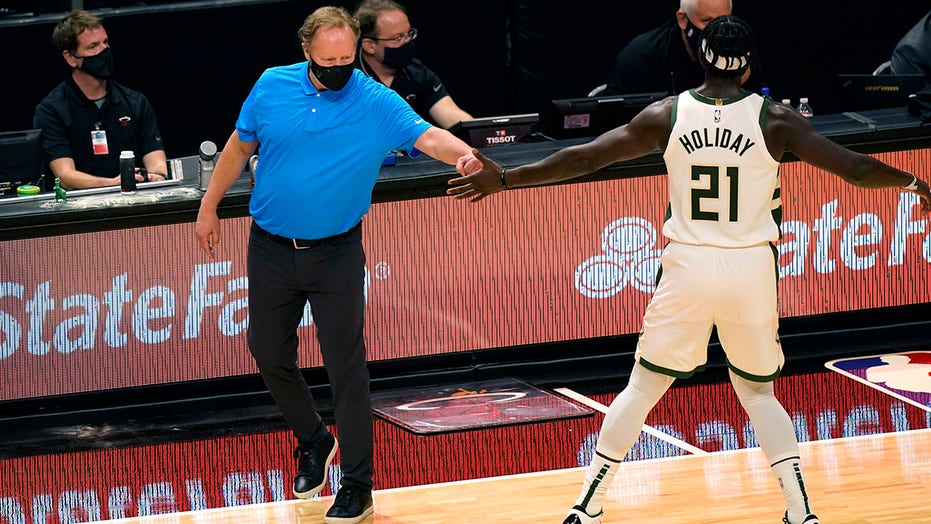 Bucks set NBA record for 3's, roll past Heat 144-97