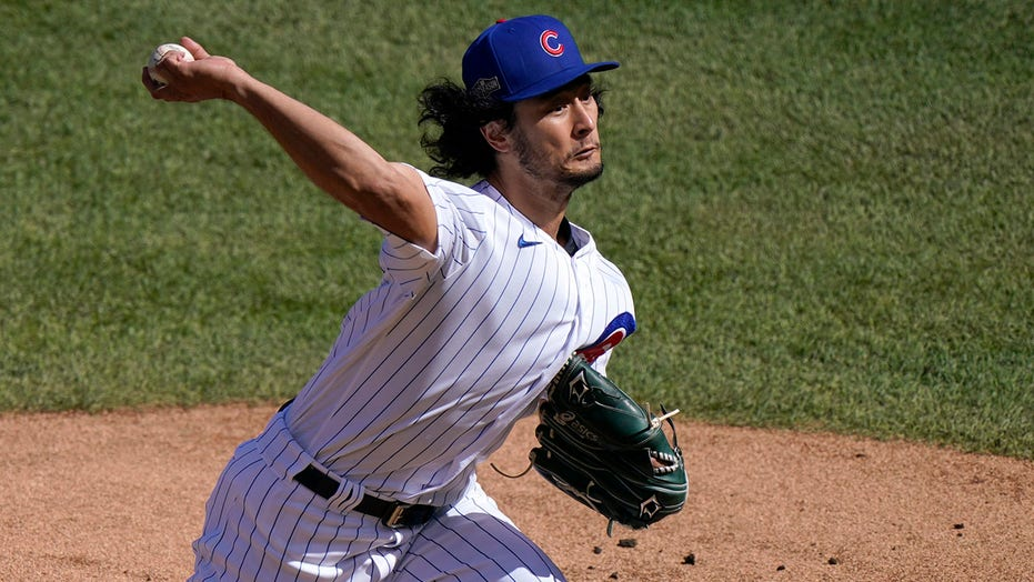 Padres acquire RHP Yu Darvish in blockbuster trade with Cubs