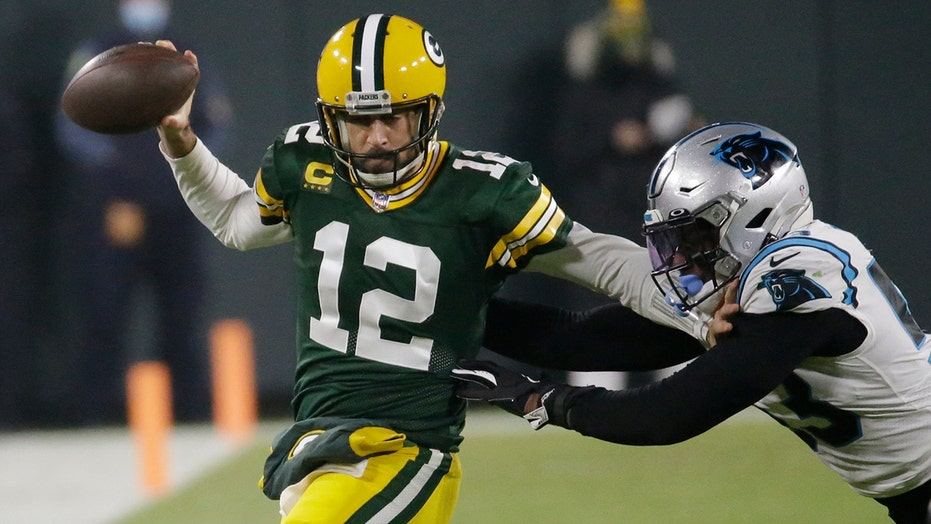 Packers outlast Panthers 24-16 for 4th straight victory