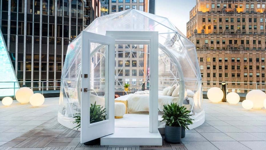 Airbnb, Mariah Carey hosting one-night stay above Times Square in geodesic dome