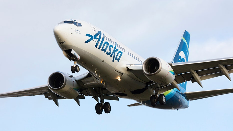 Muslim passengers on Alaska Airlines flight accuse carrier of booting them over Arabic texts