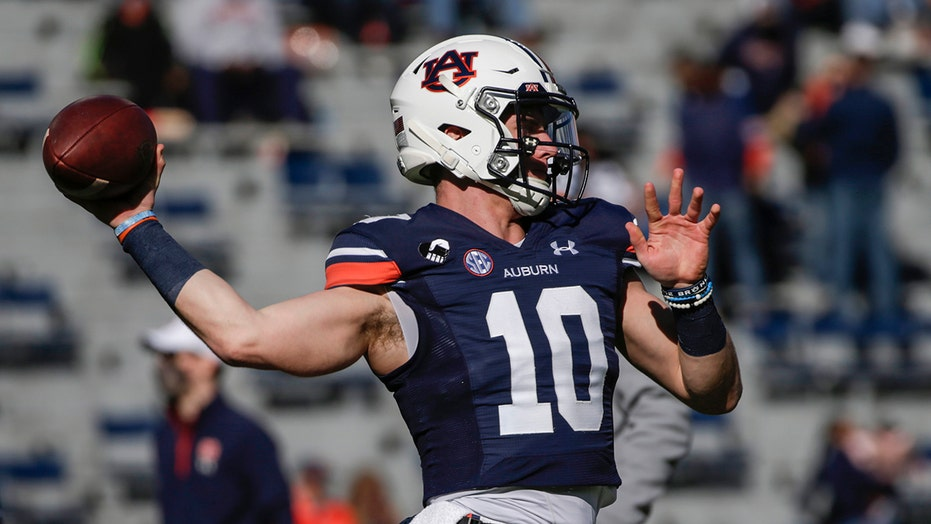 Auburn's Bo Nix scrambles for incredible touchdown run vs. Texas A&M