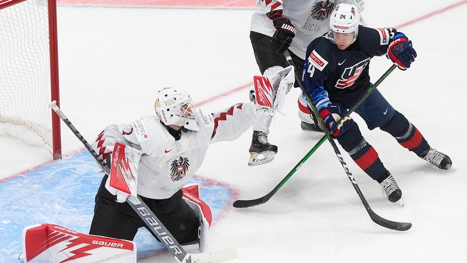 US routs Austria 11-0 to improve to 1-1 in world juniors