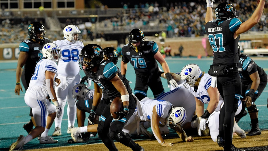 Coastal Carolina stops BYU yards away from game-winning score, perfect season stays alive