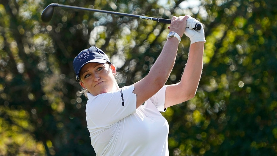 Week after cart accident, Kerr toughs it out at US Open
