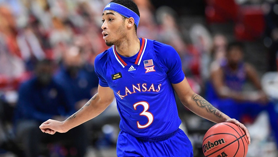 No. 5 Kansas wins 30th straight league opener at Texas Tech