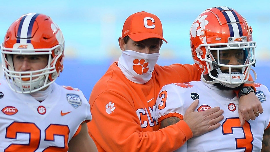 Clemson's Dabo Swinney defends coaches' poll, says 4 teams 'punished'