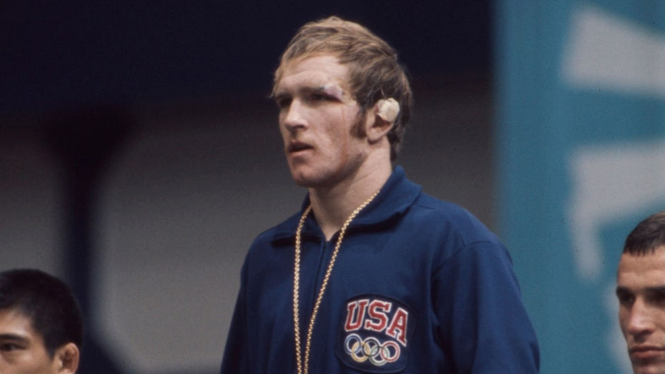 Trump honors wrestling legend Dan Gable with Presidential Medal of Freedom
