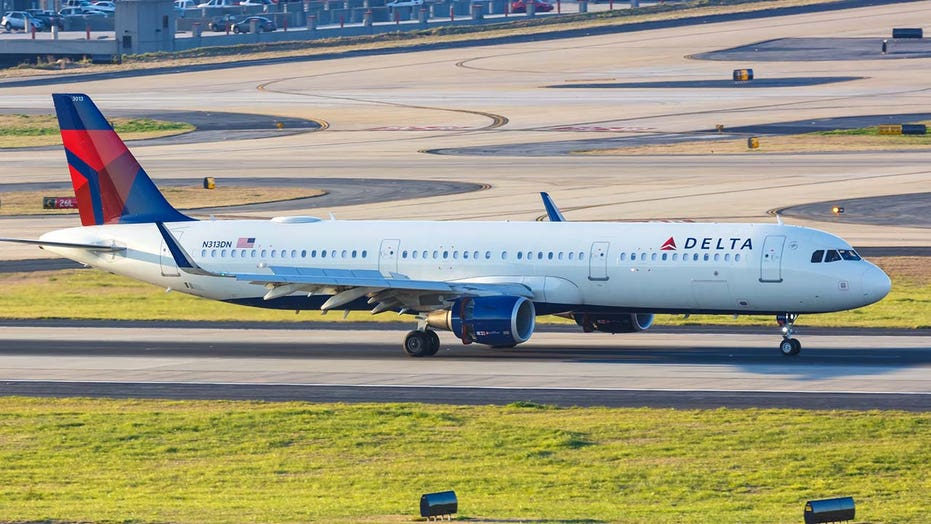 Delta passenger who slid from emergency exit says he was suffering a panic attack