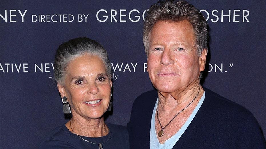 'Love Story' stars Ryan O'Neal, Ali MacGraw reunite for film's 50th anniversary