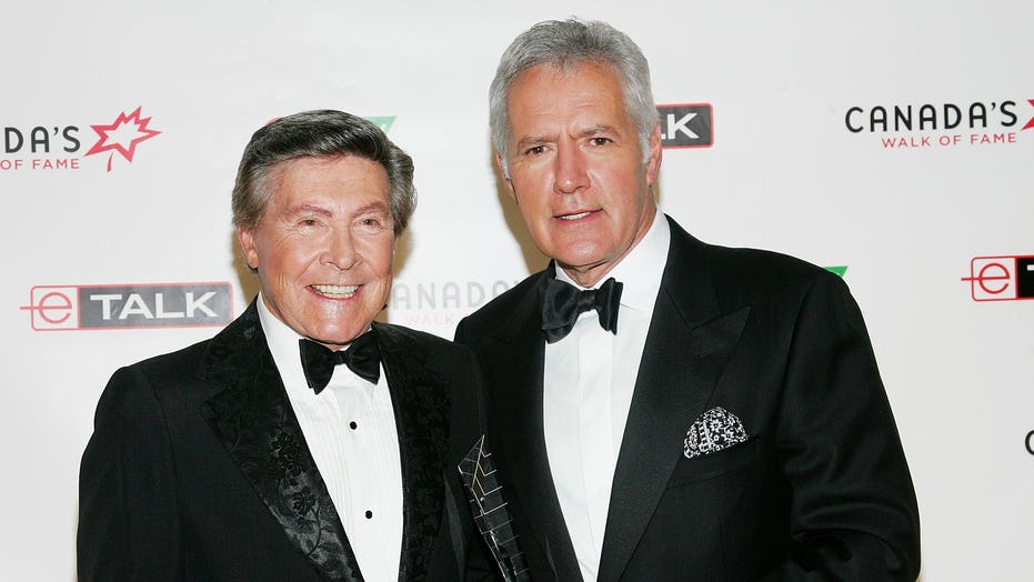 Alex Trebek remembered by 'Jeopardy!' announcer Johnny Gilbert
