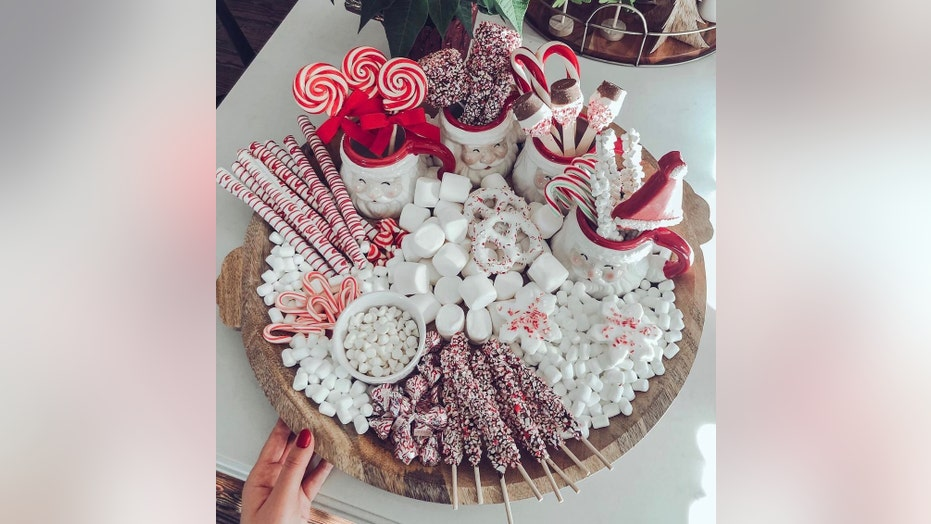 'Hot chocolate charcuterie boards' are here to sweeten your holiday, ruin your diet