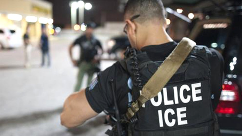 New York Gov. Cuomo signs Protect Our Courts Act prohibiting ICE from making arrests in state courthouses