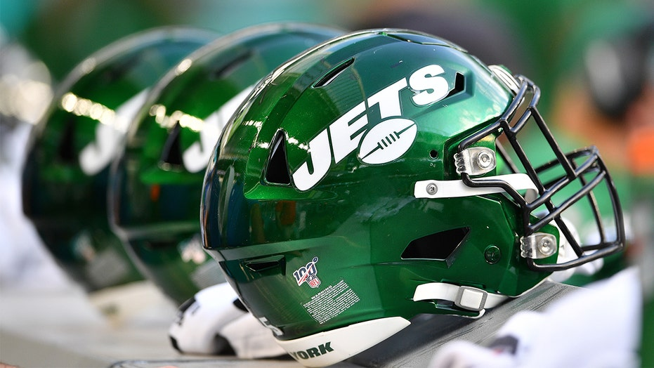 Jets fan's family takes jab at team in New York man's obituary