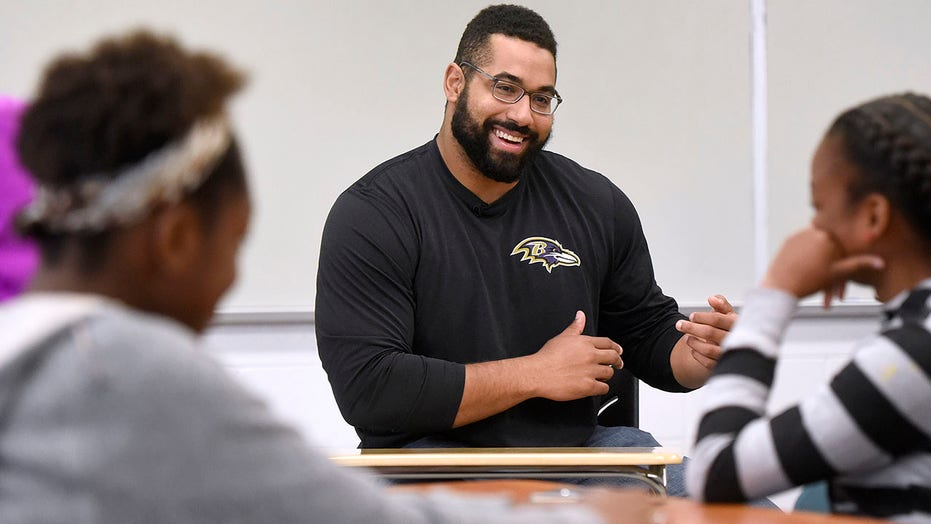Former NFL player Urschel sells virtue of math to youngsters