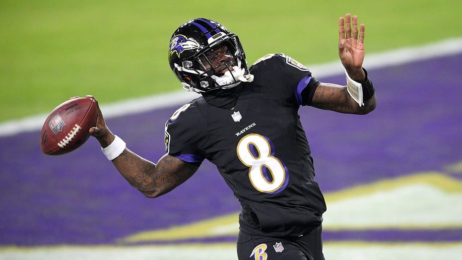 Jackson, Ravens run past Cowboys 34-17 to end 3-game slide