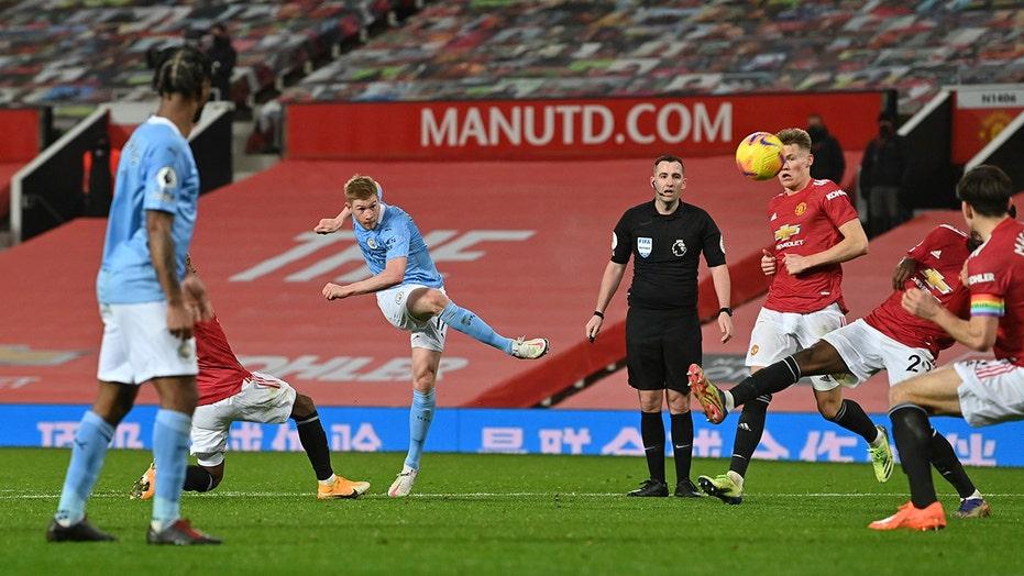 No fans, no goals: United, City draw Manchester derby 0-0