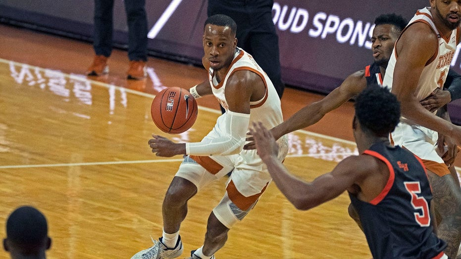 Ramey, Brown lead No. 11 Texas past Sam Houston State 79-63