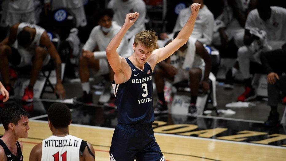BYU beats No. 18 San Diego St despite Mitchell's 35 points