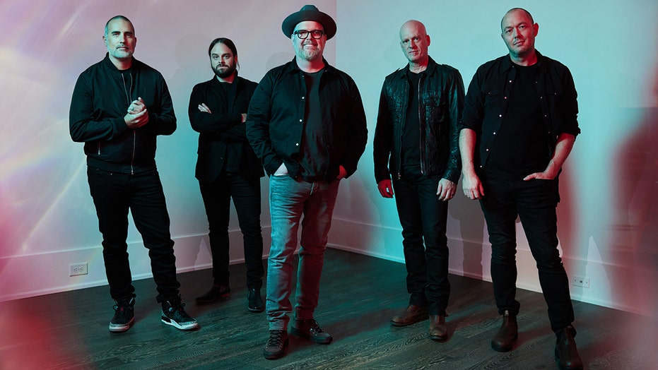 Christian band MercyMe debuts new song inspired by family friend who lost limbs due to septic shock