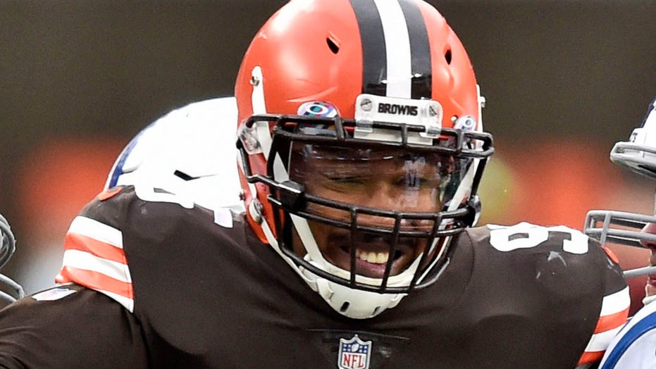 Myles Garrett, Browns players take notice of Steelers' first loss of 2020 season