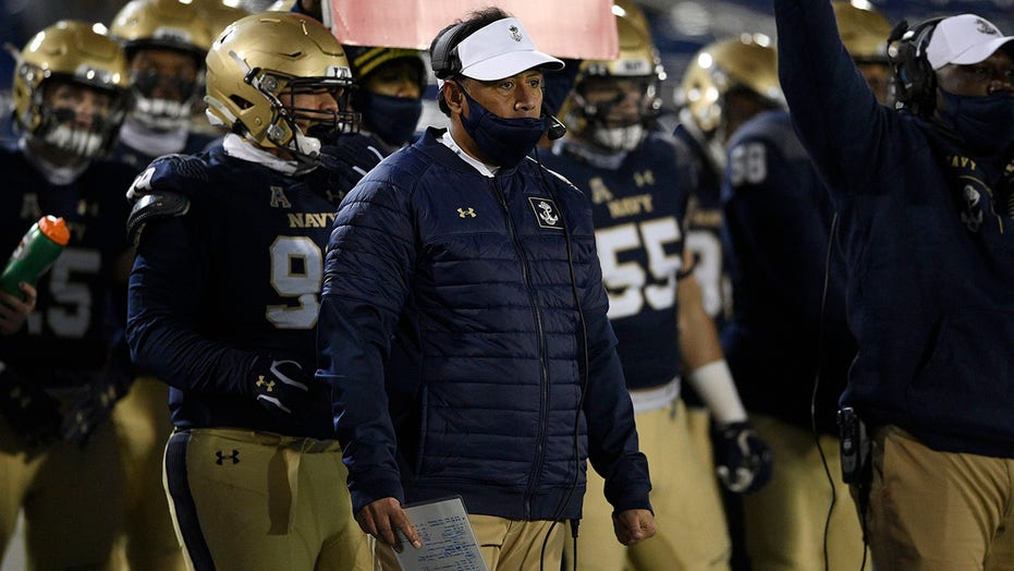 Army hosts Navy for 1st time in 77 years due to COVID-19