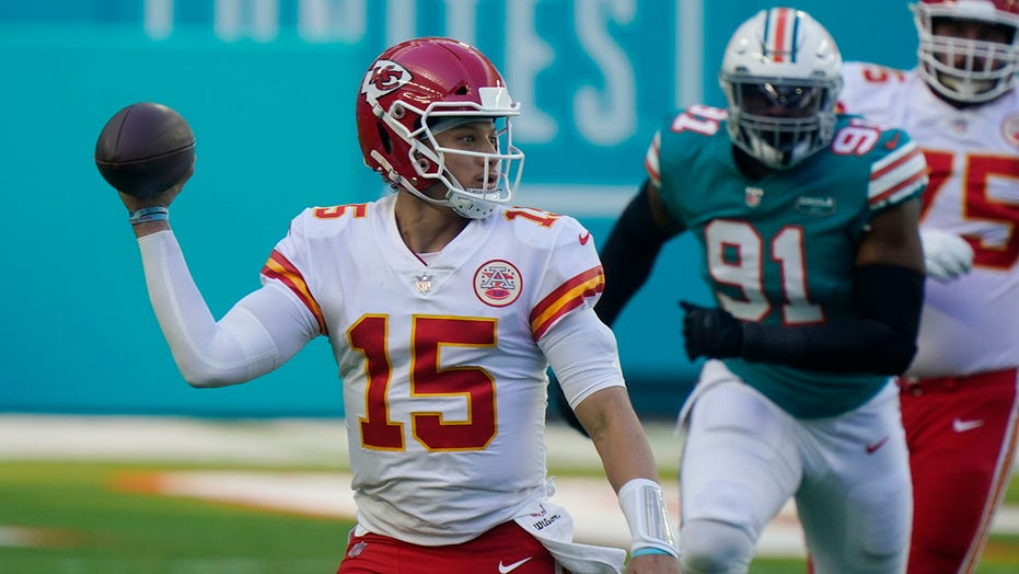 Patrick Mahomes acknowledges tough starts at Hard Rock Stadium