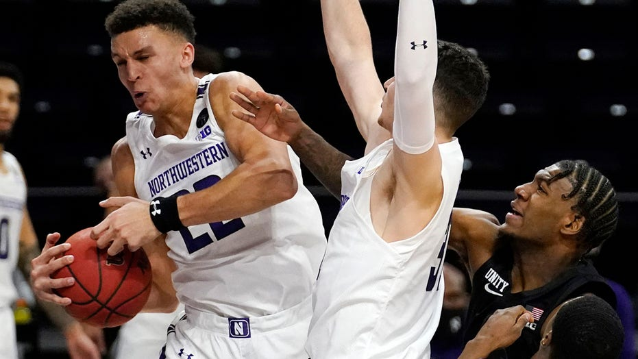 Buie, Northwestern beat No. 4 Michigan State 79-65