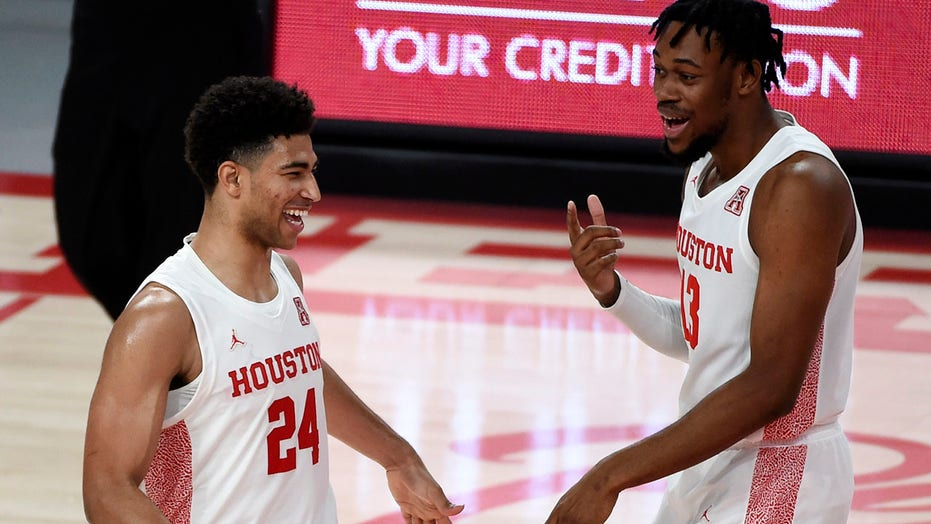 Quentin Grimes helps No. 6 Houston rout Alcorn State 88-55