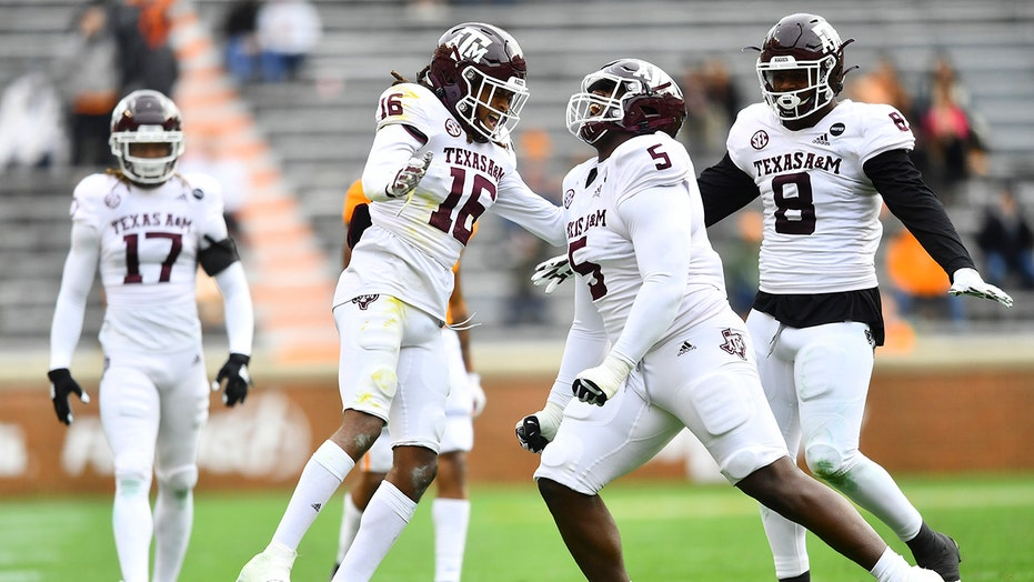 Texas A&M makes case for College Football Playoff: 'We can play with anybody'