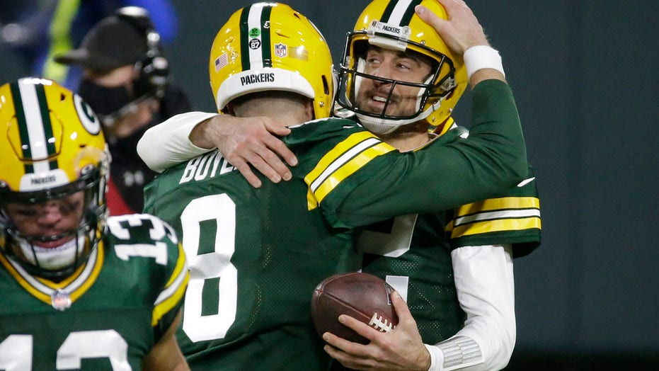 Aaron Rodgers on Packers' latest NFC North title: 'It's extra special this year'