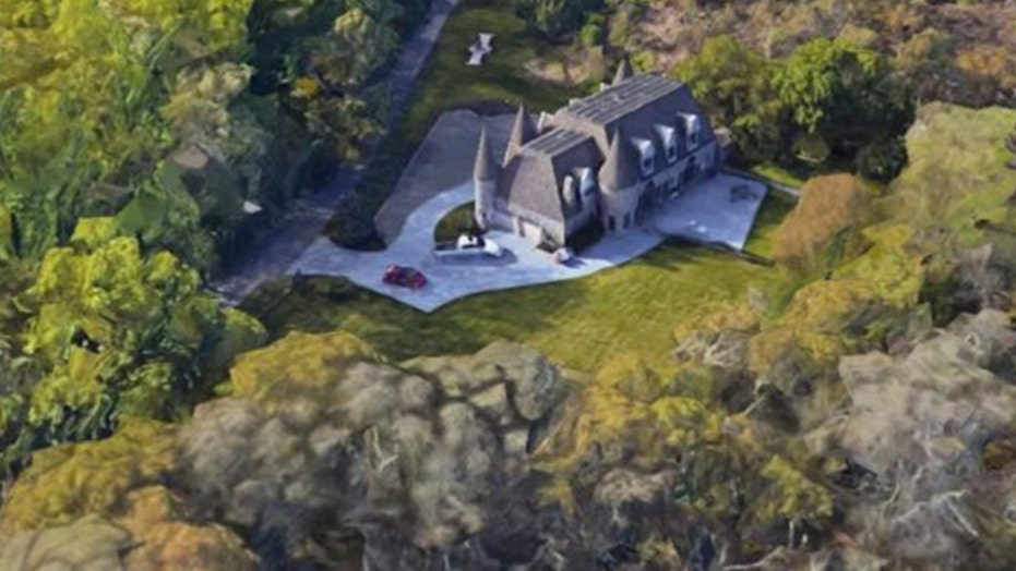 Massive party at NY mansion busted with 400 people