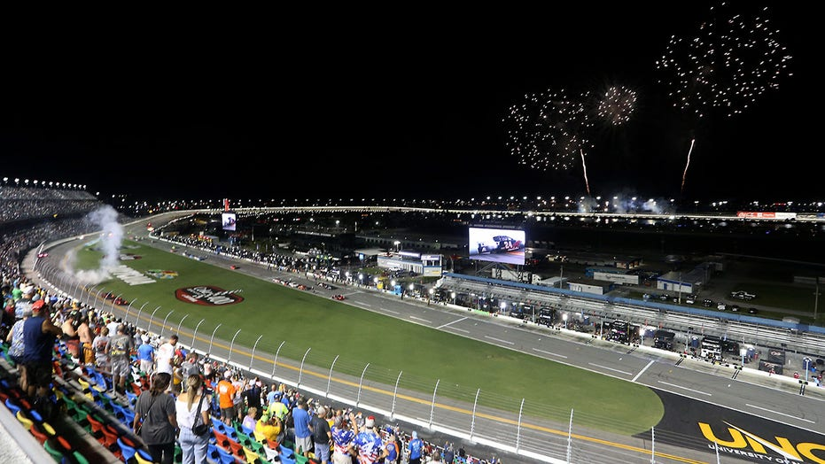 2021 Nascar Daytona 500 To Be Held With Fans In Attendance Fox News