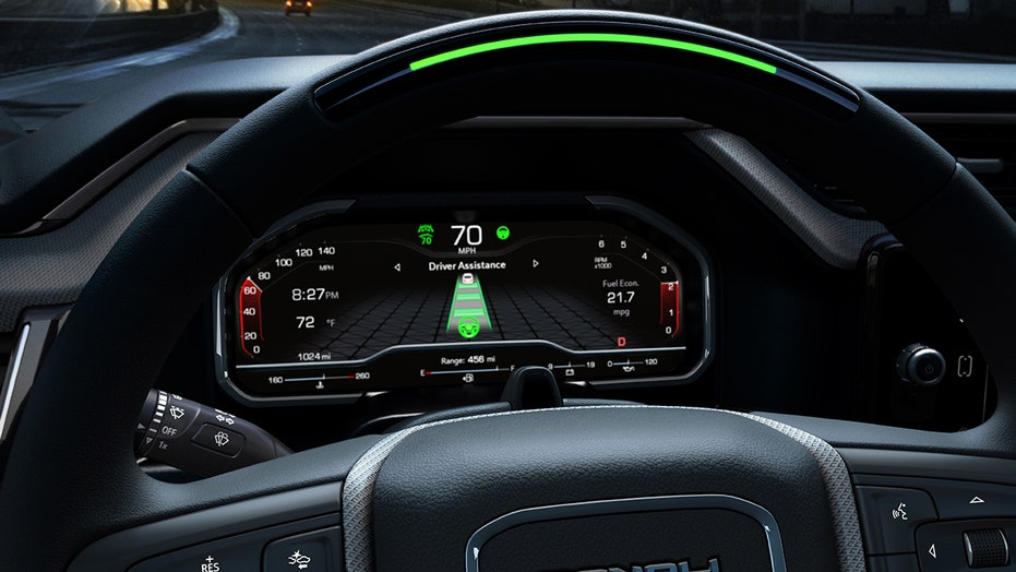 2022 GMC Sierra pickup to feature hands-free driving system that can tow