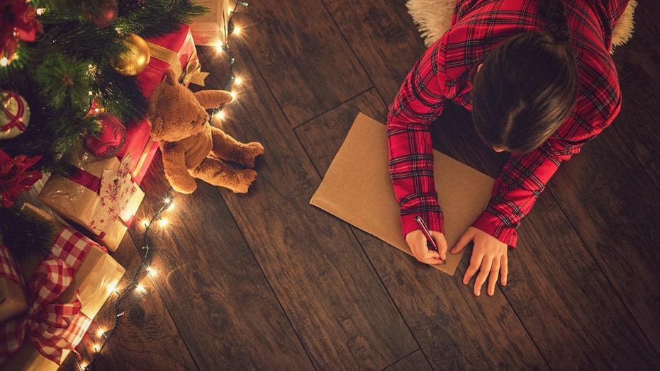 Girl tells Santa she was naughty this year, still wants lavish gifts