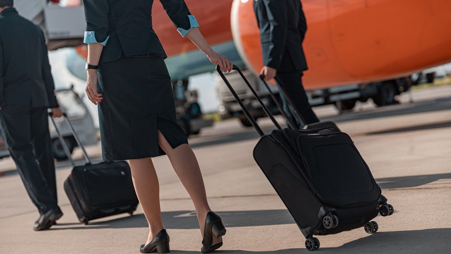 United, Delta flight attendants work even if colleagues have coronavirus: report