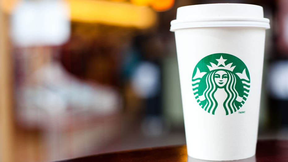 TikTok user learns she has coronavirus during failed Starbucks taste test, video shows
