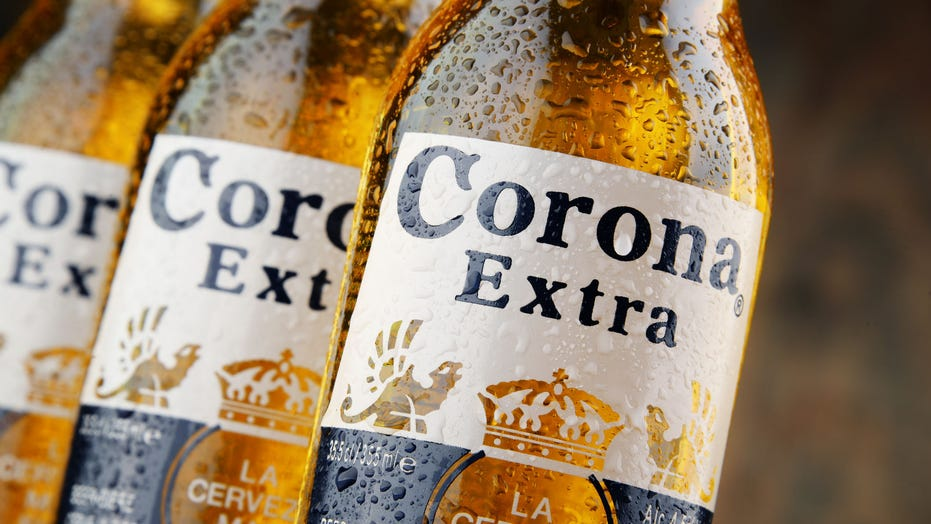 People didn't stop drinking Corona because of the pandemic: 报告