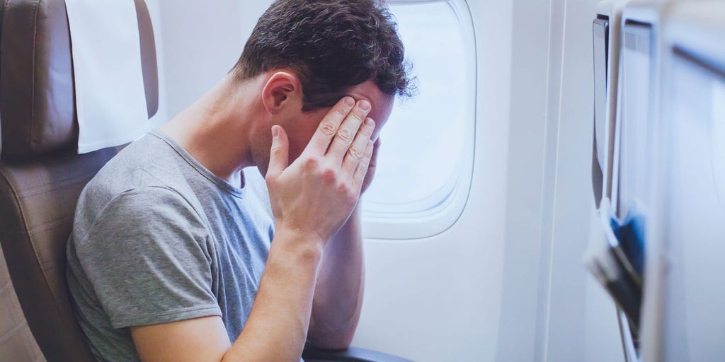 FAA chief issues 'zero tolerance' policy for unruly passengers after recent incidents