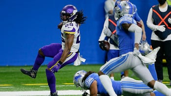 Cousins throws 3 TDs, Vikings end with 37-35 win over Lions