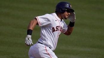 Brantley rejoins Astros to complete unfinished business